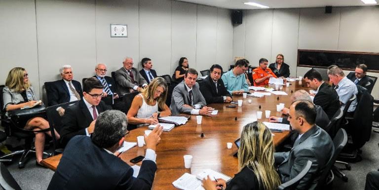 Frente-Parlamentar-de-Seguranca-Contra-Incendio-inicia-trabalhos-em-quatro-projetos-prioritarios2