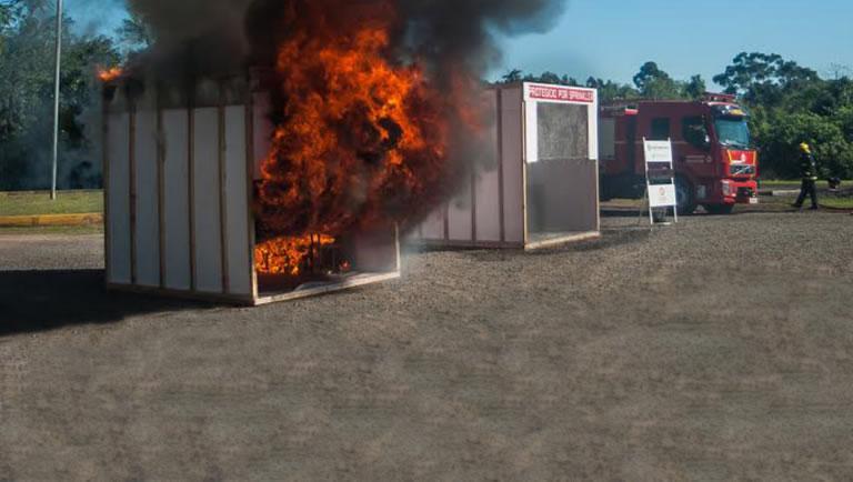 Testes Side-by-Side Burn Comprovam Eficiência dos Sprinklers