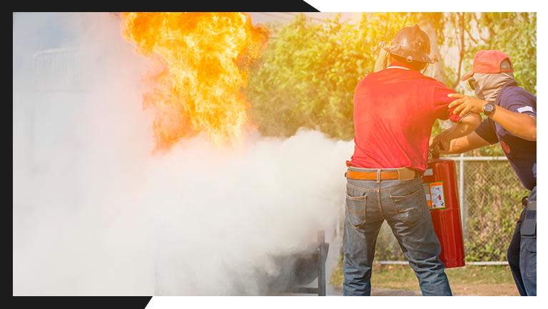 Treinamento de combate a incendio