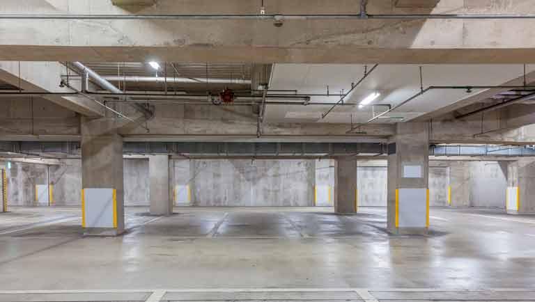 or que ter chuveiros automáticos em Estacionamentos de Shoppings?