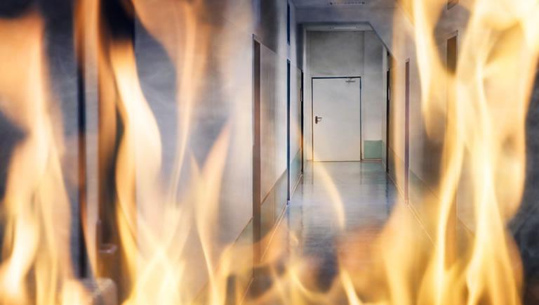 Procedimento para evacuacao de um predio em chamas